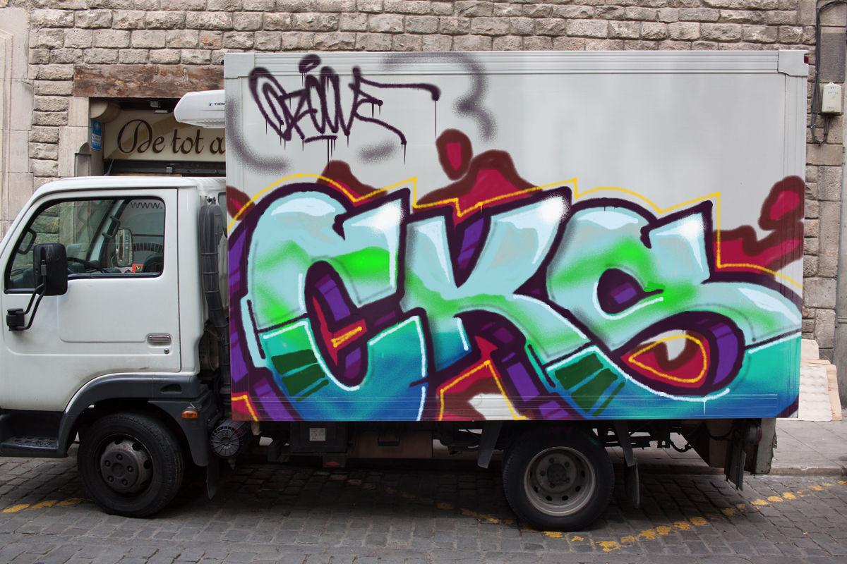 Graffiter making graffiti online